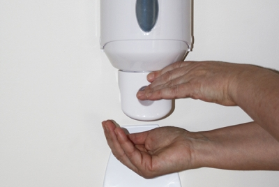 Hygiène et prévention des infections associées aux soins